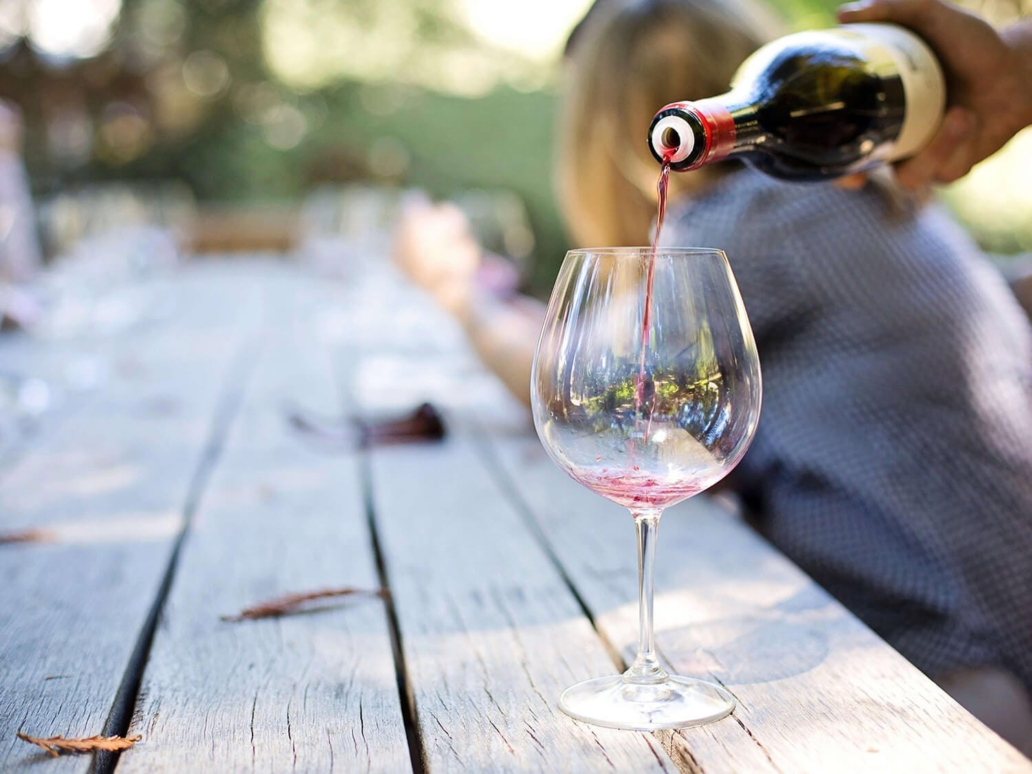 ALCOHOL AND HEALTH – IS A GLASS OF WINE A DAY GOOD FOR YOU?